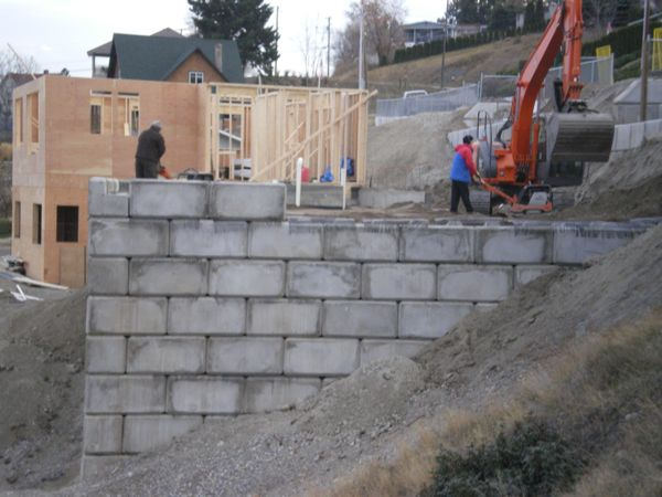 Block Retaining wall  B Yargeau Contracting  Summerland Bc 2009