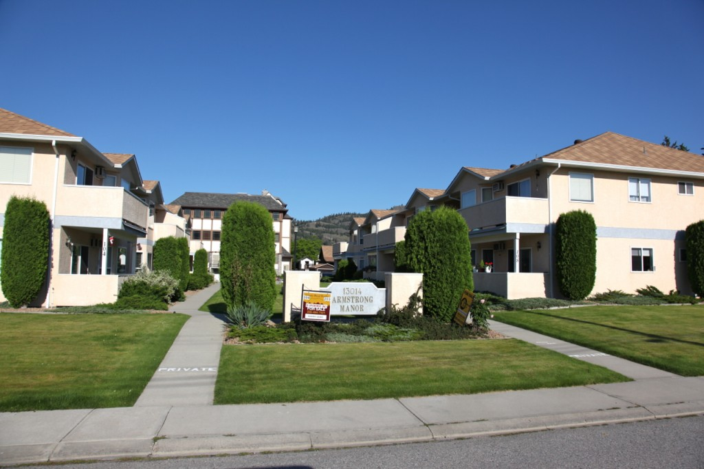 Armstrong Manor Summerland