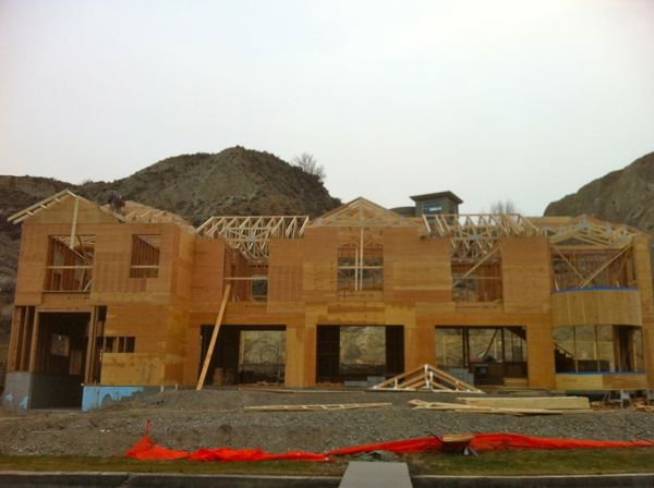 Roof Trusses Summerland Home Builder