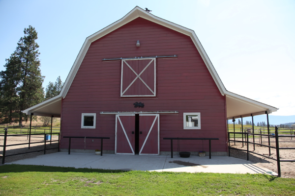 Barn in Summerland  B Yargeau Contracting