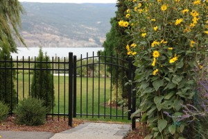 fence in summerland  carpenters from Canyonview Construction